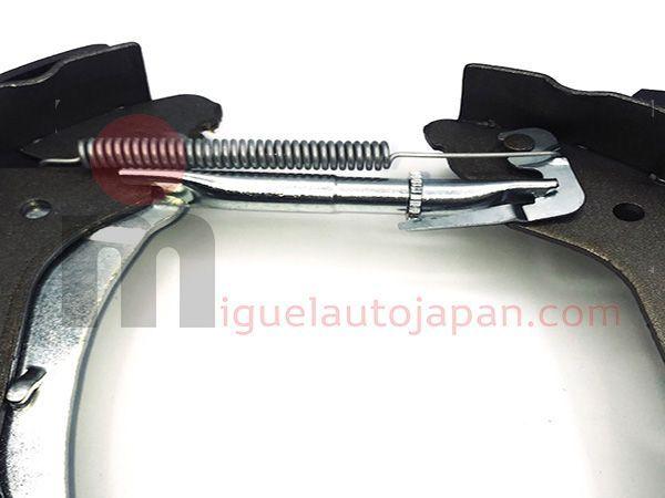 "Kit de frenos traseros zapatas Nissan Cabstar ""Premontado"""